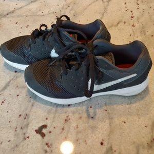 EUC Nike Downshifer 7 Sneakers Size 2Y